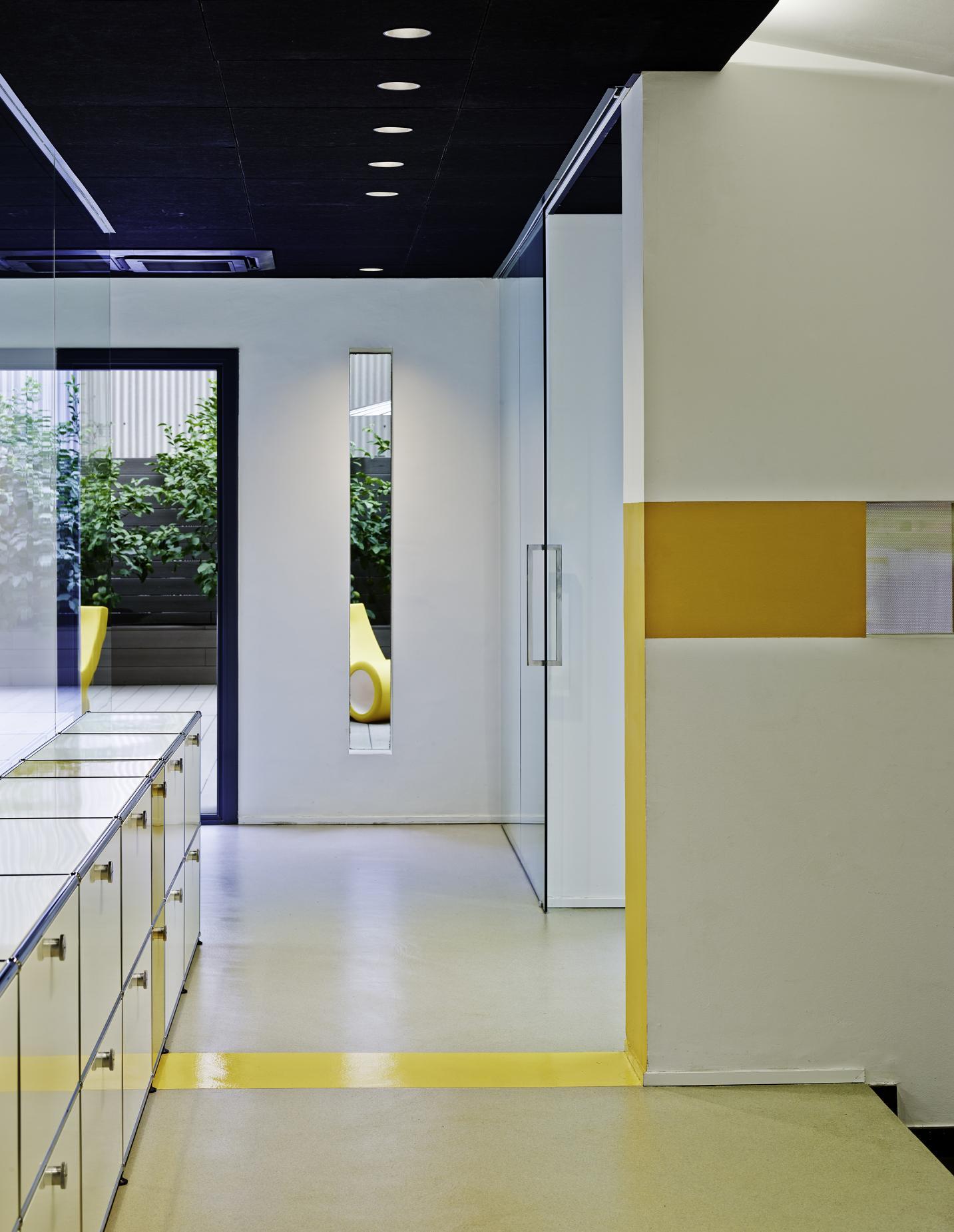 Oficinas lk bitronik vilablanch estudio de arquitectura for Oficinas barcelona