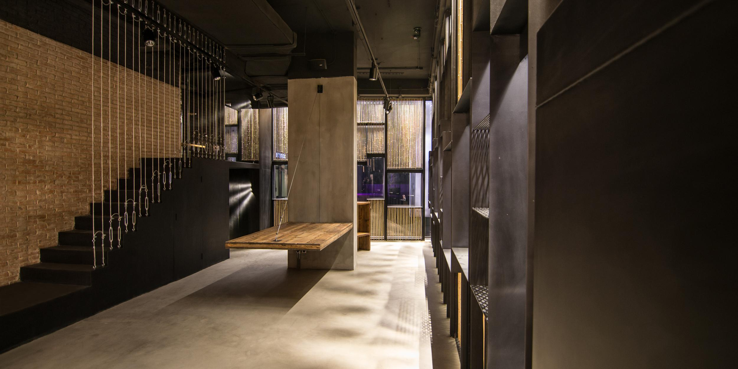 Showroom tsultrim vilablanch estudio de arquitectura for Arquitectura interior