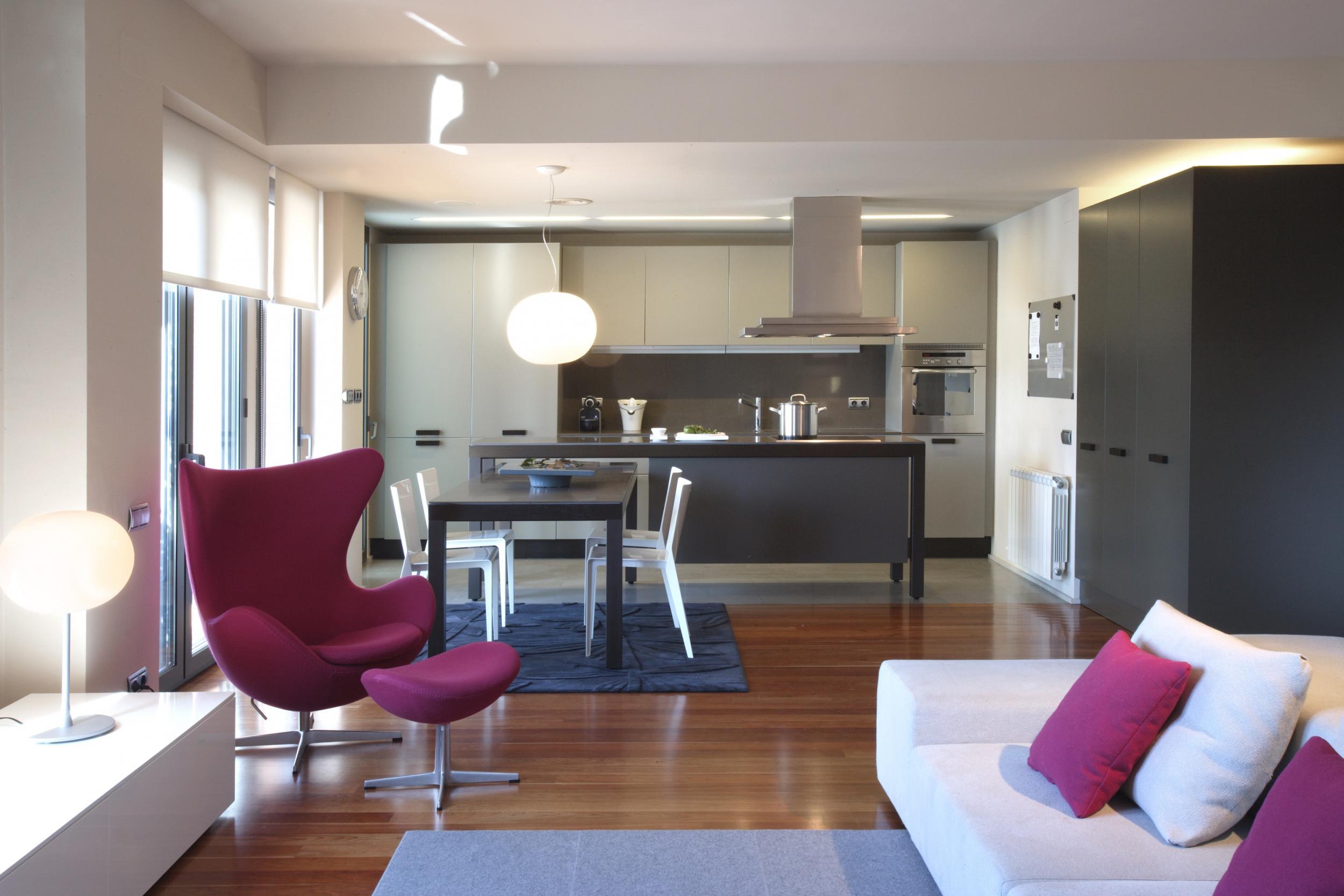 D plex luminoso en paseo bonanova vilablanch estudio de for Espacios interiores de casas