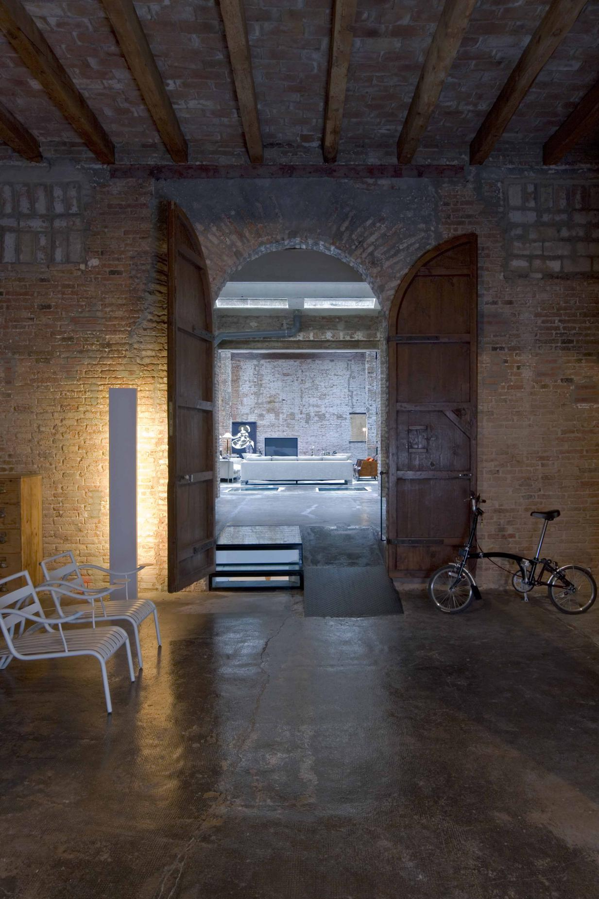 Loft industrial al centre de barcelona vilablanch - Loft industrial ...