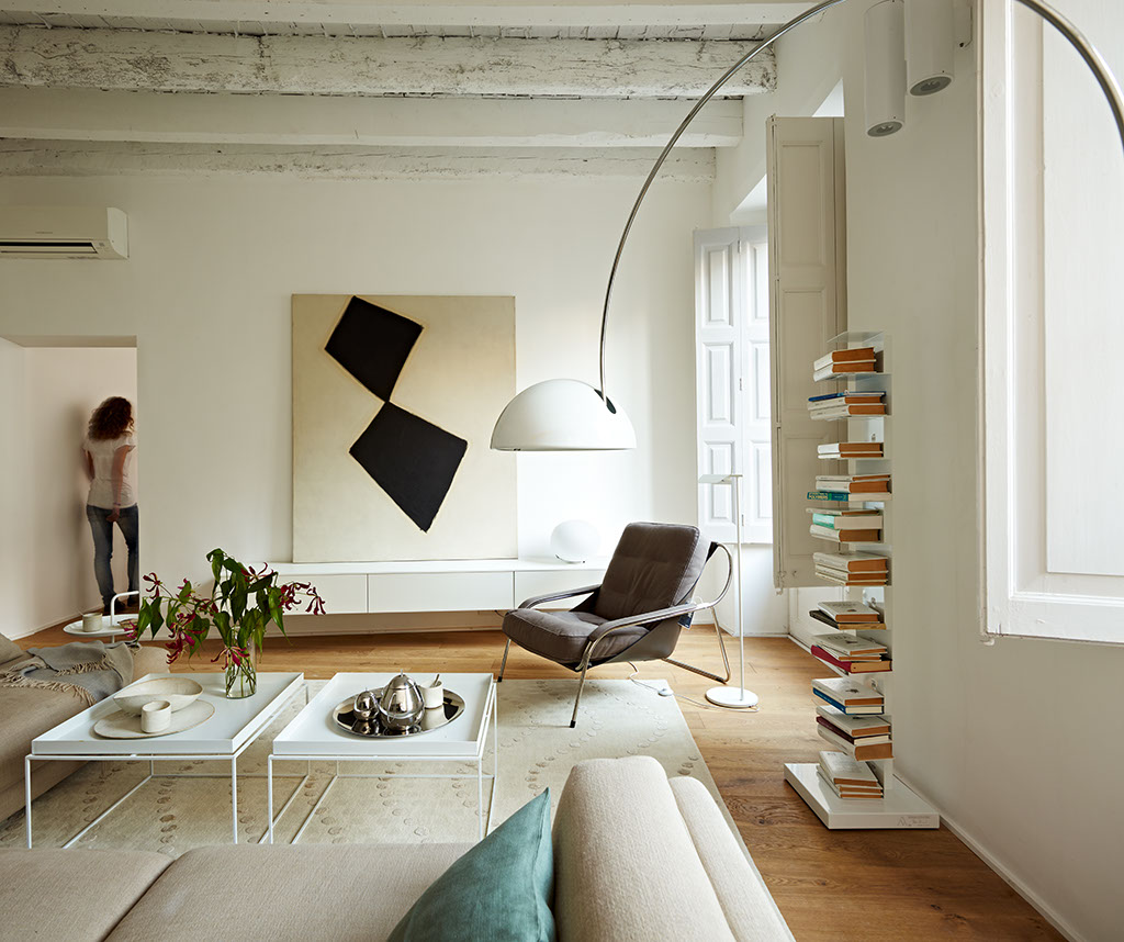 Reforma de un piso en el born vilablanch estudio de for Estudios de interiorismo barcelona