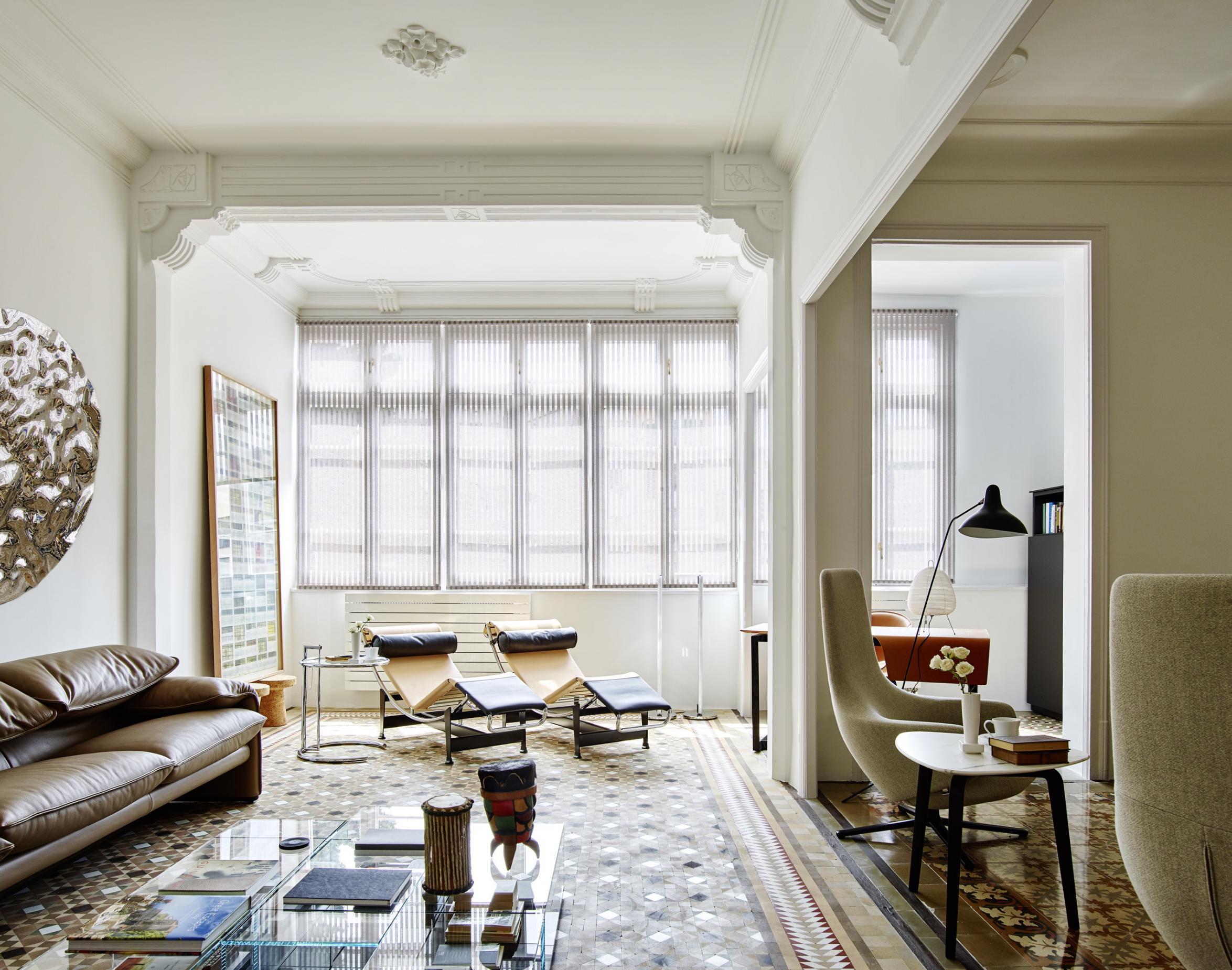 Restauraci n de un piso modernista en el ensanche for Pisos de bankia barcelona