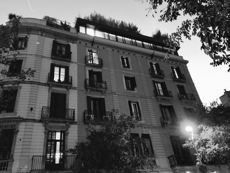 Actualitat vilablanch estudi d 39 interiorisme i - La casa por el tejado ...