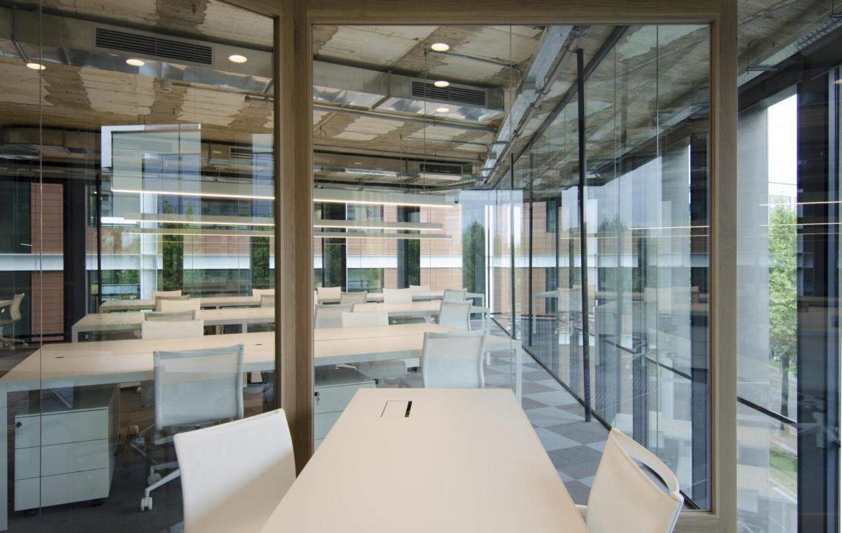 Oficinas mediapro vilablanch estudio de arquitectura for Oficinas orange barcelona