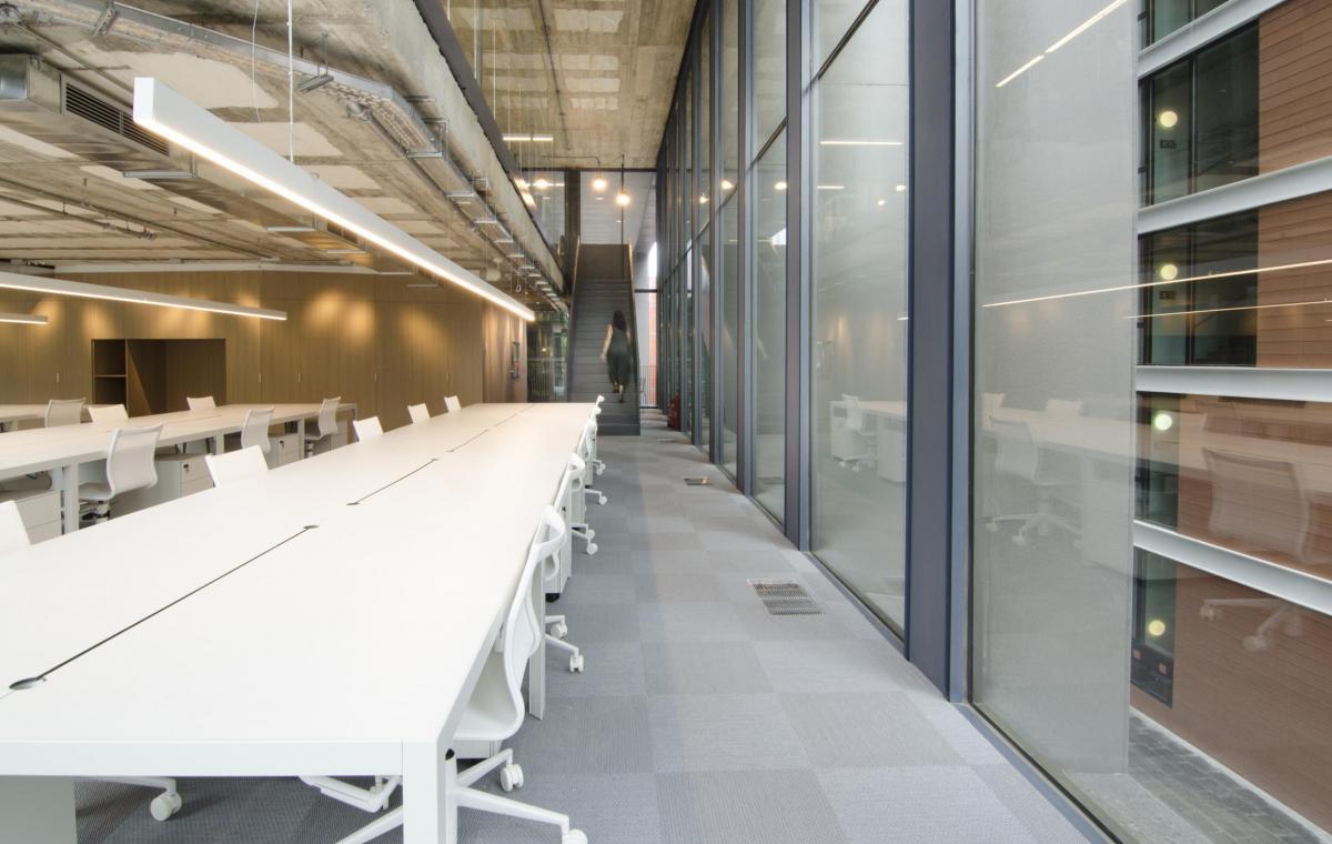 Oficinas mediapro vilablanch estudio de arquitectura for Oficinas pelayo barcelona