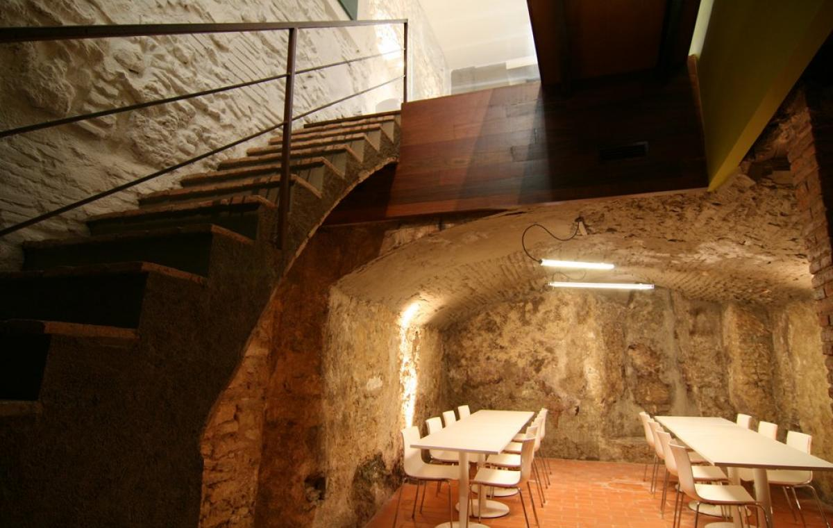 Wine bar at the heart of the Priorat Region